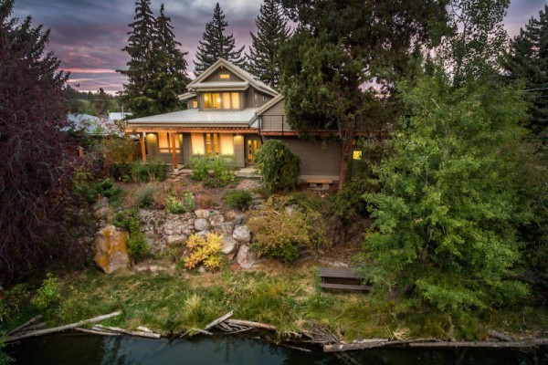 Custom Remodel and Addition along the river in Bend